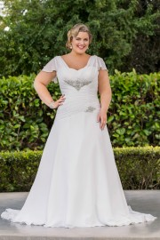 Elegant Soft Floaty Wedding Dress with Stunning Beaded Bodice (LB-W22)