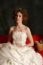 Stylish Strapless Bridal Gown with Ruffle and Flowers (LBHYM-3032)
