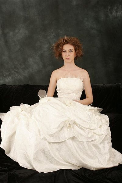 Stylish Strapless Bridal Gown with Ruffle and Flowers (LBHYM-3032 ...