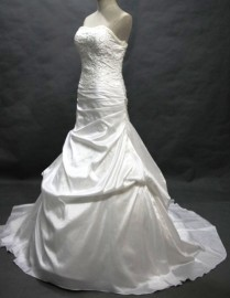 Gorgeous Trumpet Shadow Sweetheart Strapless Wedding Dress with Stunning Beadworks (LBWSM0168)