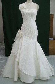 Gorgeous Trumpet / Mermaid Quality Taffeta Wedding Dress with Flowers (LBWSW0161)